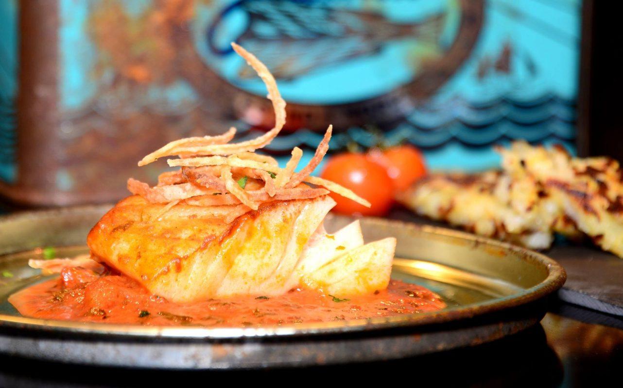 Klippfisk i tomat&basilikumsaus